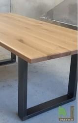 Деревянные столы из дуба